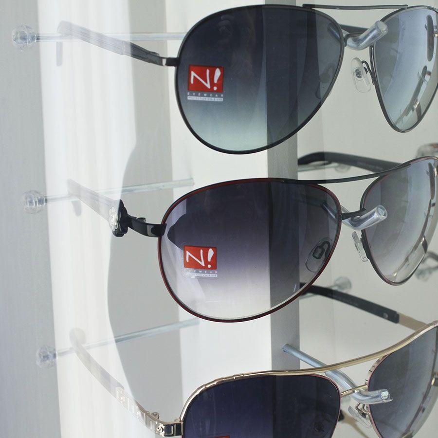 Me132s - Expositor De Chão Para 18 Óculos Personalizado