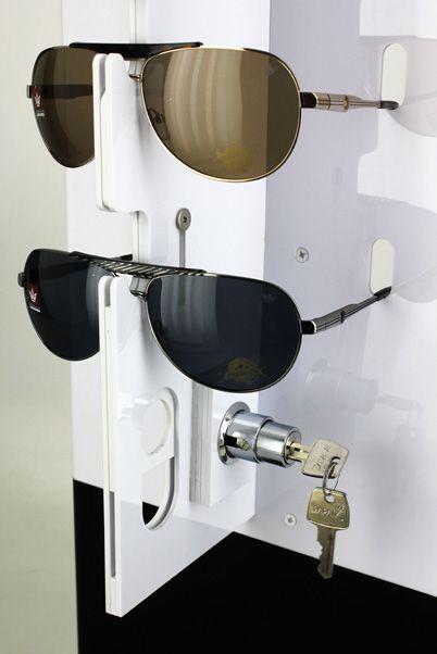 Me138 - Expositor De Chão Com Trava Para 42 Óculos
