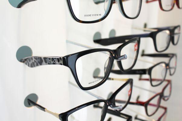 Me148s - Expositor De Parede Para 48 Óculos Personalizado