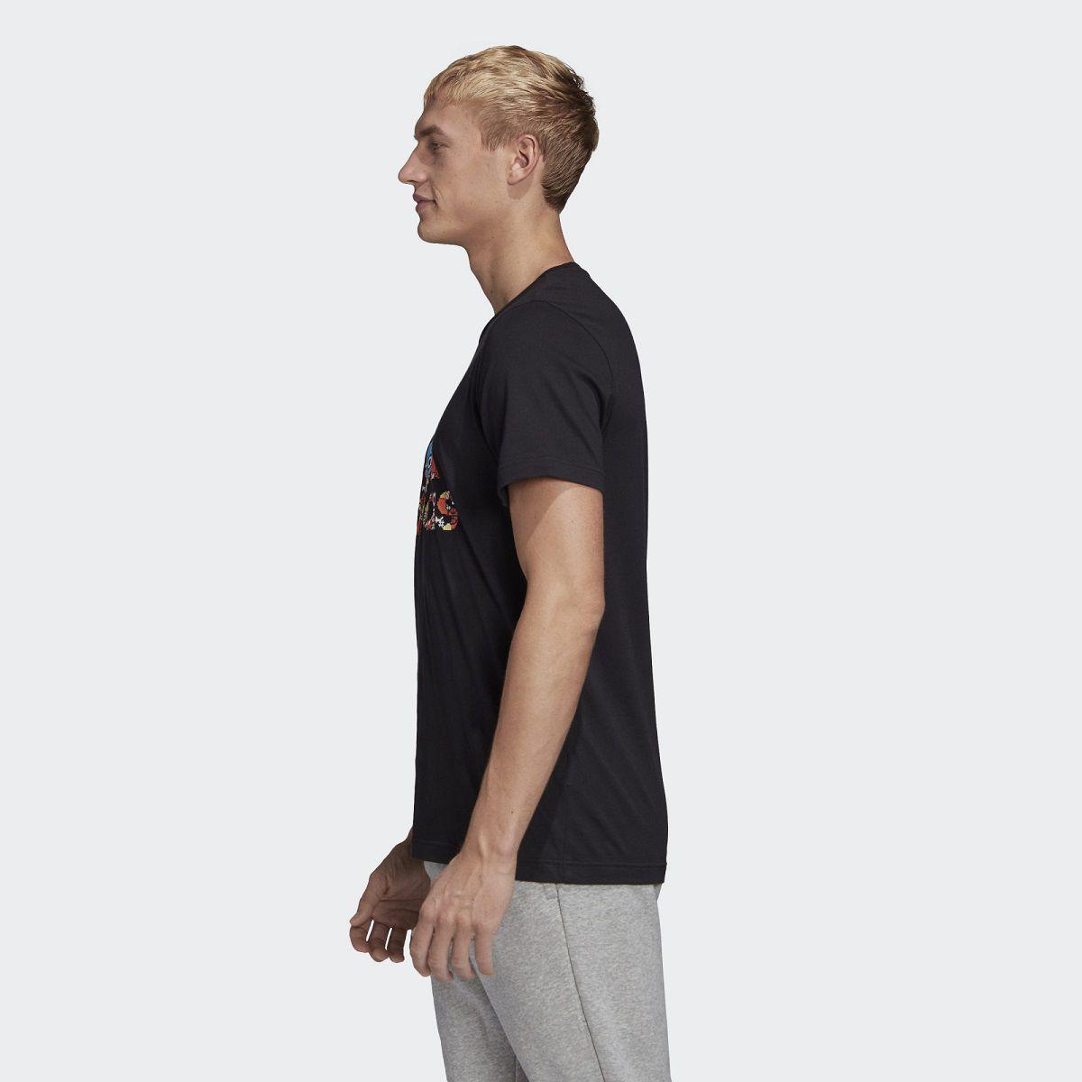 Camiseta Adidas 8-Bit Badge Of Sport