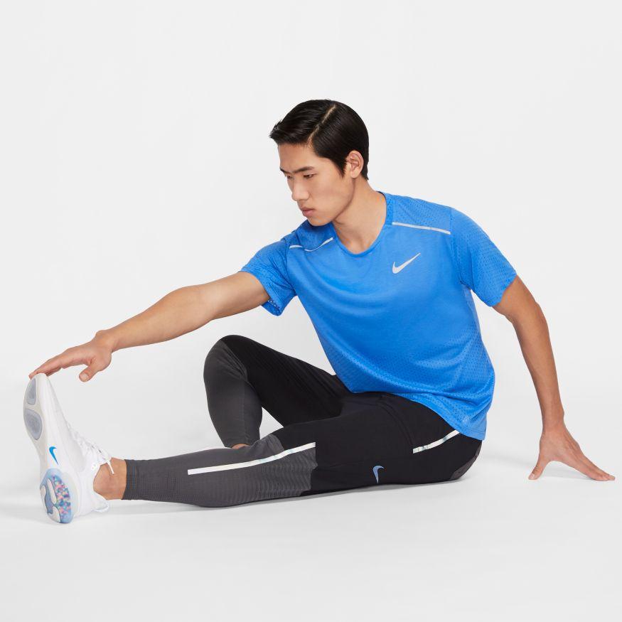 Camiseta Nike Breathe Rise 365