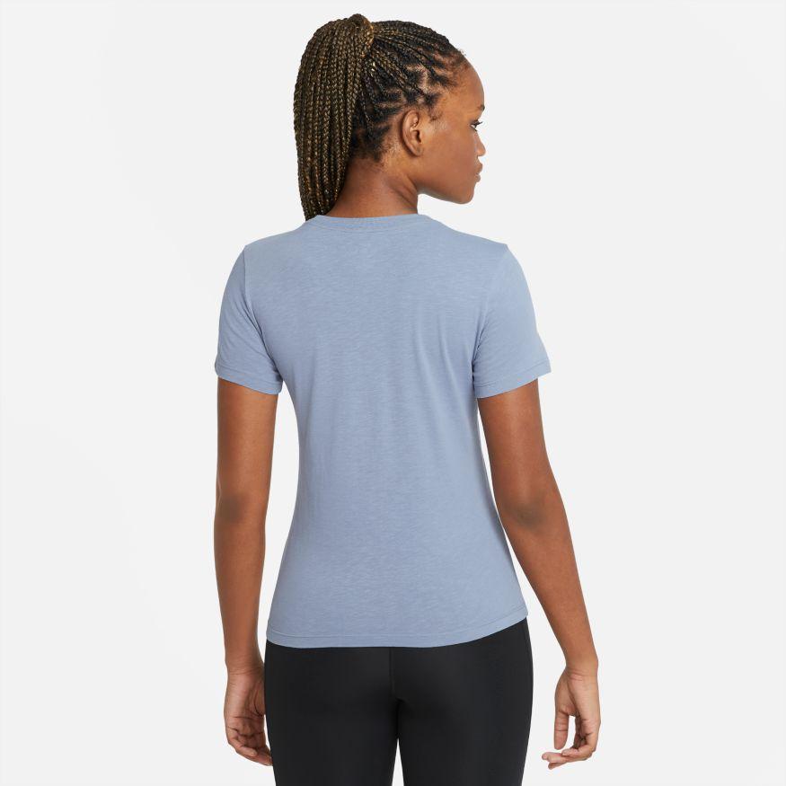 Camiseta Nike Dri-FIT Tee Crew Feminina