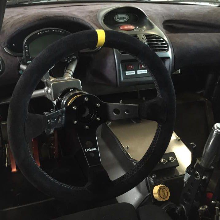 Volante Esportivo Lotse Dakar com Cubo Adaptador