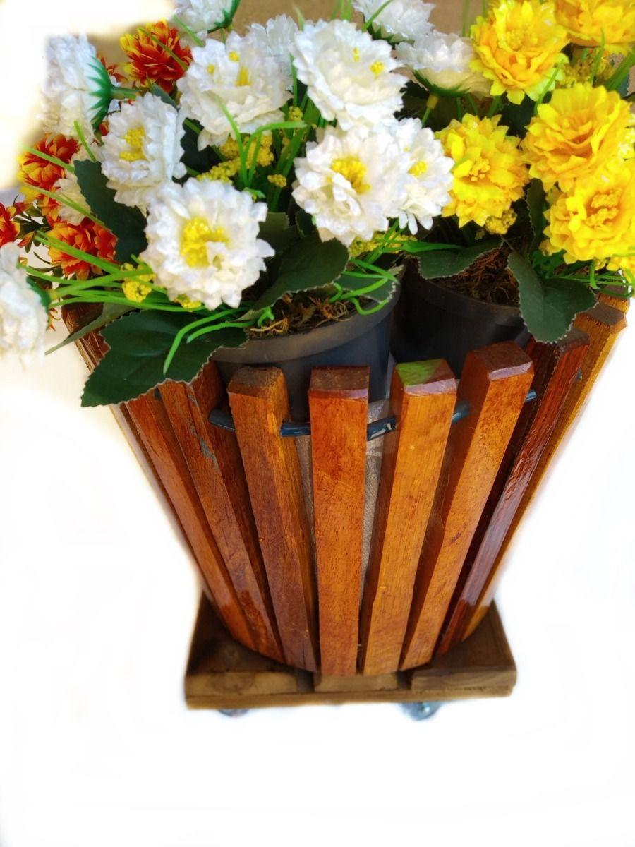 Suporte De Madeira Tratada Para Vasos Quadrado 20 Cm 4 Rodízios Silicone