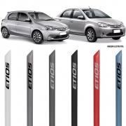 Jogo Friso Lateral Pintado Toyota Etios Hatch e Sedan 2012 2013 2014 2015 2016 2017 2018 2019 2020 2021 - Cor Original