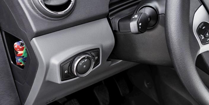 Kit Farol de Milha Neblina Ford Novo Ka 2014 2015 - Interruptor Modelo Original + Molduras
