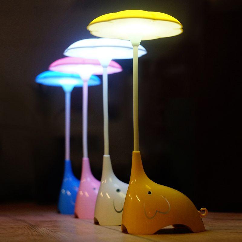 Luminária De Mesa Led Articulada Formato de Elefante