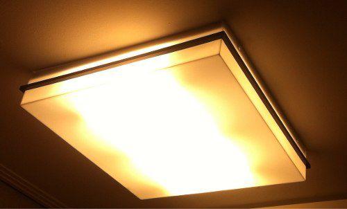 Luminária Plafon Acrílico Com Detalhe Preto 50x50 C/ 6 Lamp.