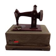 Caixa decorativa em formato de máquina de costura - marrom