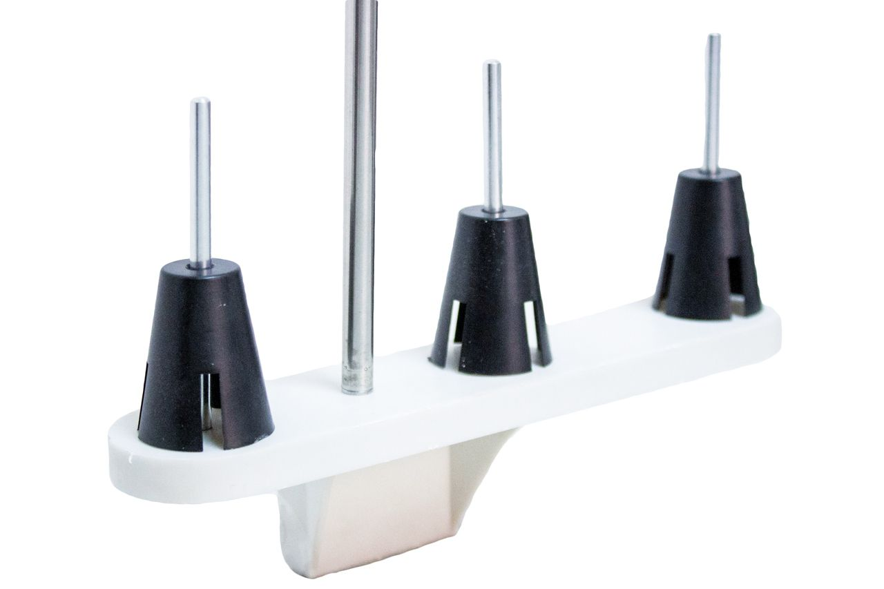 Porta Fio com três cones para máquina de bordar