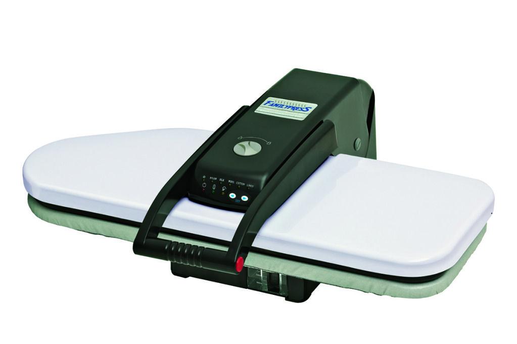 Prensa de passar roupas 1600 watts 66 x 25 cm, com vapor. -110Volts