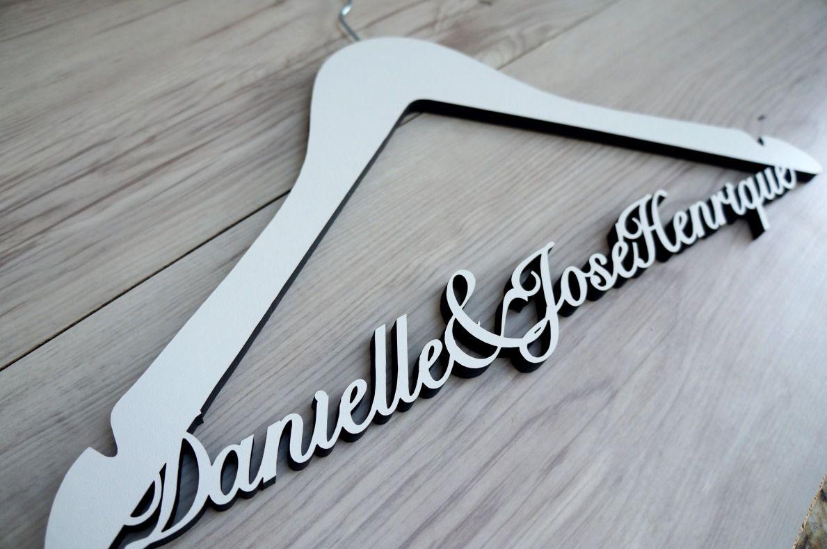Cabide Danielle e José Henrique