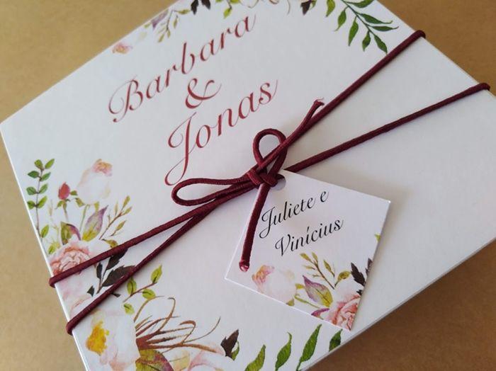 Caixa Barbara e Jonas