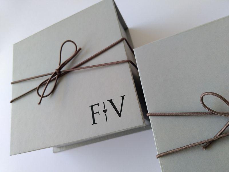 Caixa Flávia e Vagner