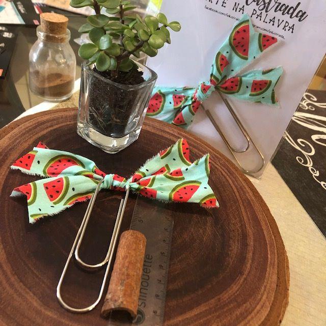 clips importado de tecido feito à mão (big-laço melancia)  -  Fé Ilustrada