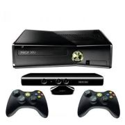 Console Xbox 360 4GB Kinect  2 Controles Wireless