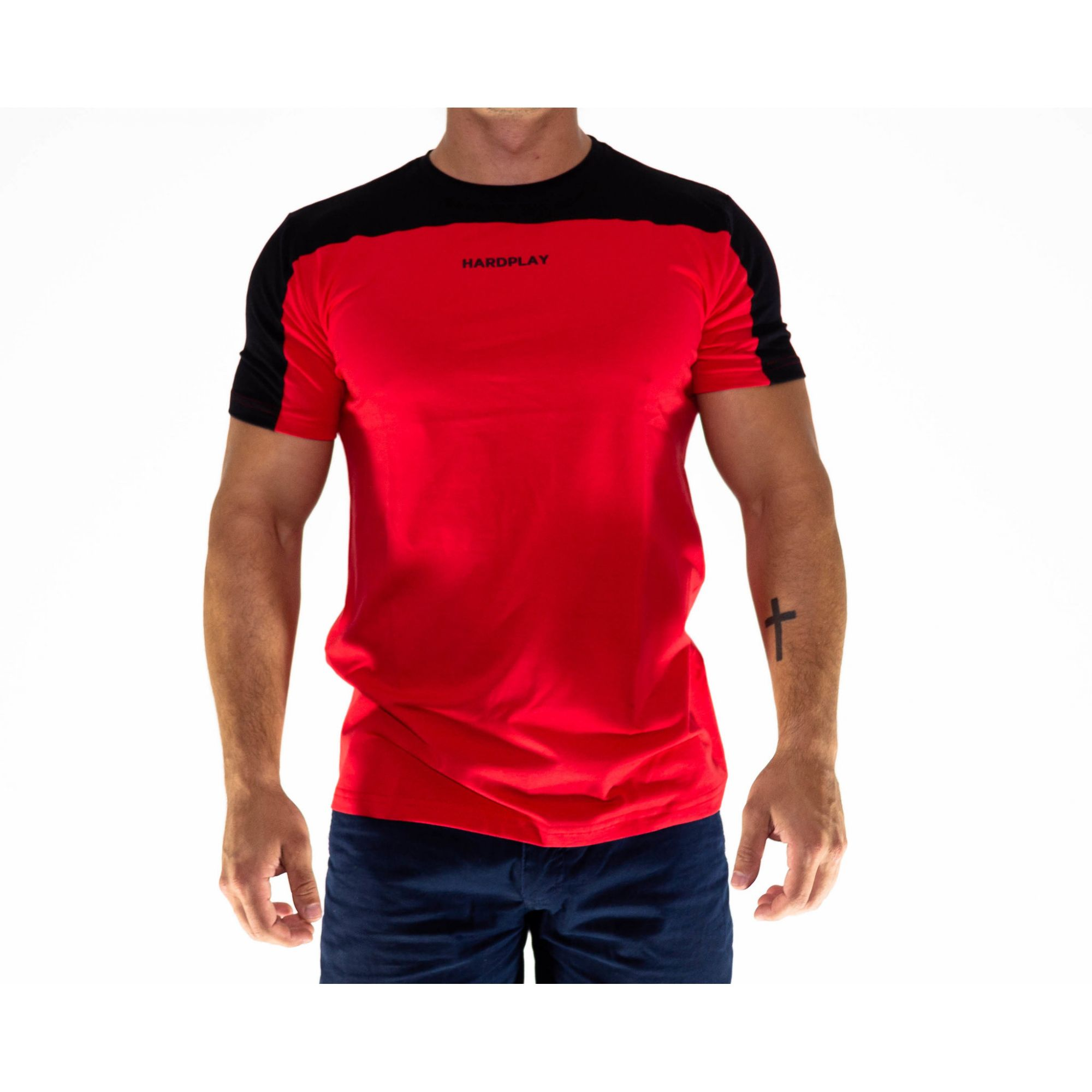 Camiseta HardPlay Recorte  Vermelha e Preto Basic