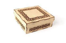 Caixa Decorada com Recorte Geométrico