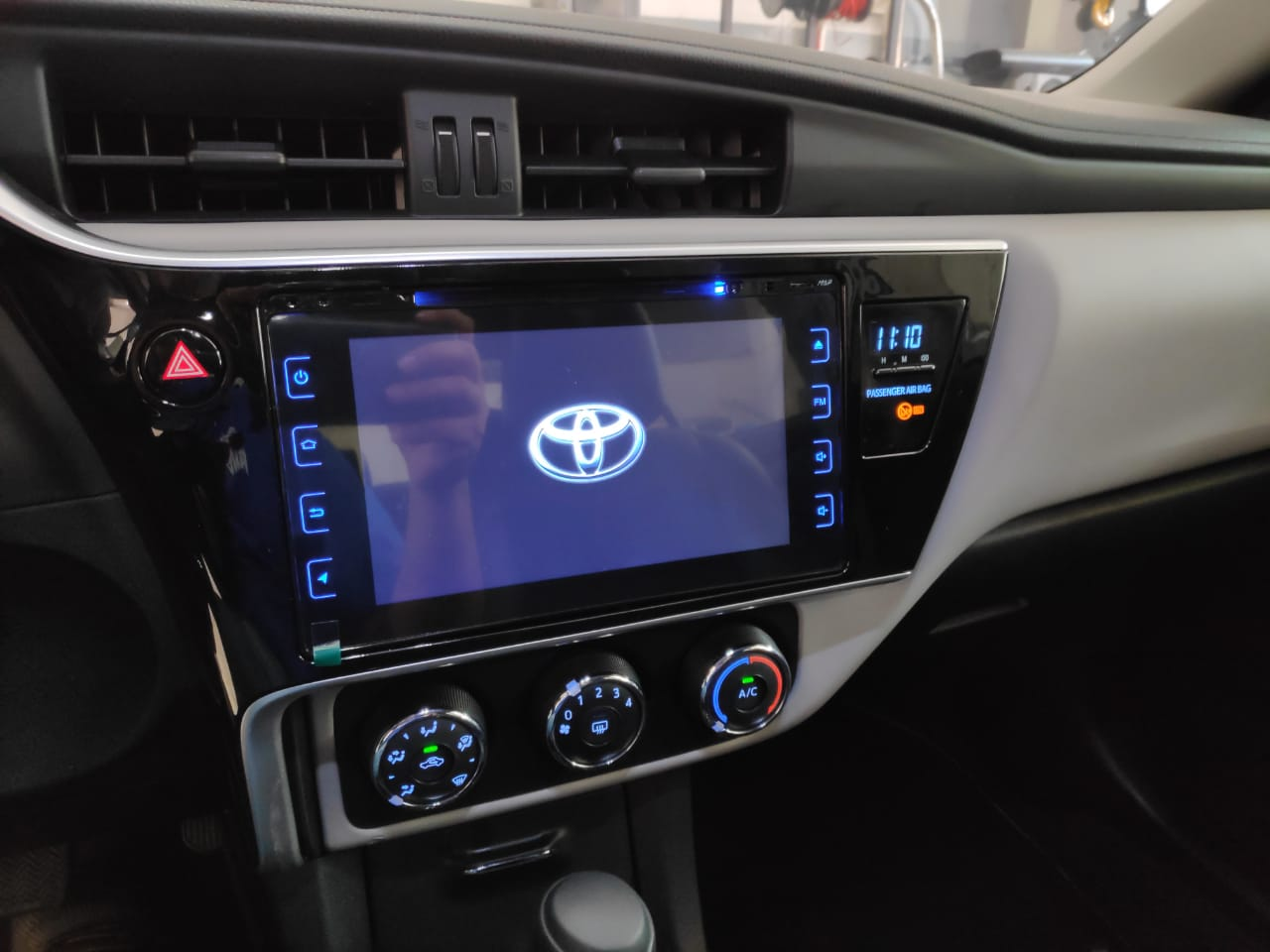 "Multimídia Corolla 2018 M1 Tela 10"" Gps Wifi Waze TV Digital"