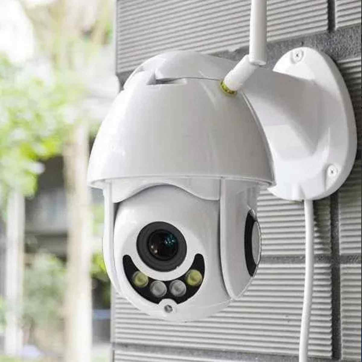 Câmera Speed Dome Ip 5x Zoom Onvif 2.0mp 1080p