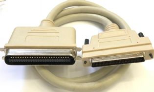CABO SCSI3 HD68M PARA SCSI1 COM 0,90MT DCSC31A3UL (SCSI3-SCSI1) TOWER