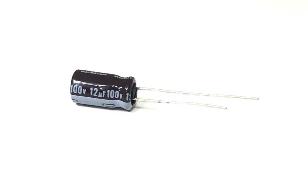 CAPACITOR ELETROLITICO 12UF 100V RADIAL 105º 6,3X11MM UPM2A120MED1TD NICHICON
