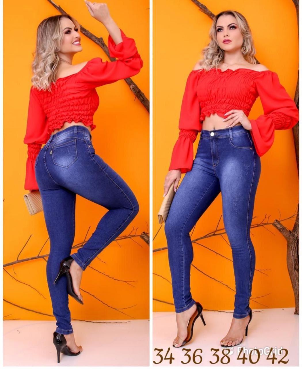 Calça Jeans  com Detalhe