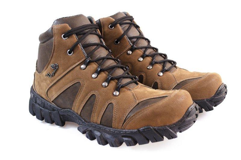 Boot Vegano Shoes Jatobá cano alto marrom