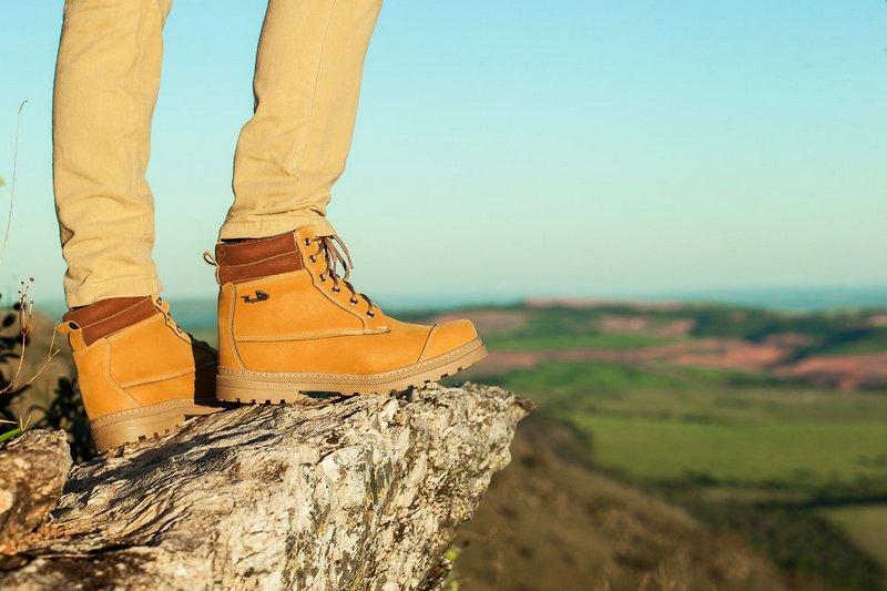 Bota Vegano Shoes Naturale Premium Amarelo (Yellow boot)