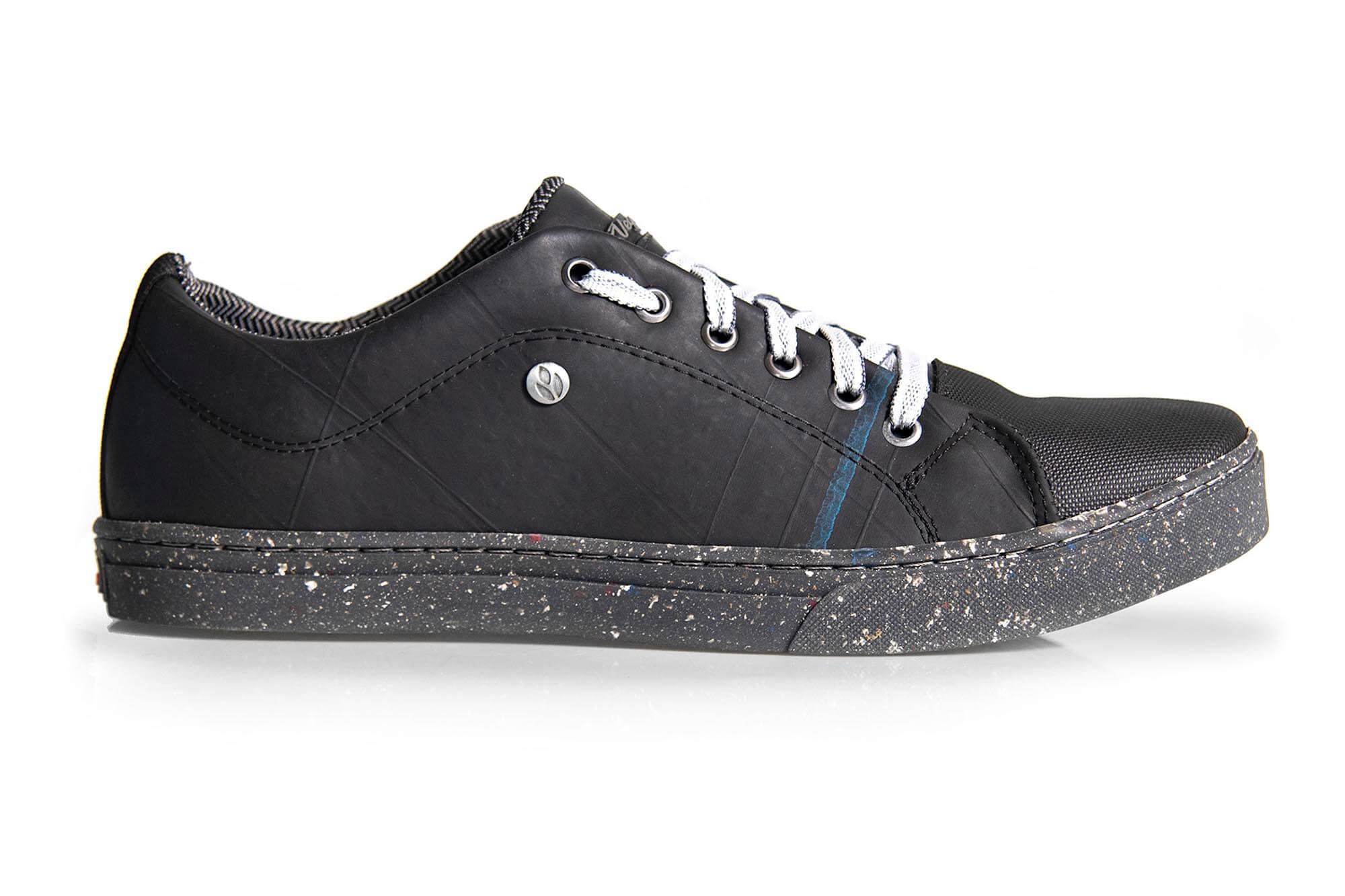 Tênis Vegano Shoes Street Preto/Câmara de ar