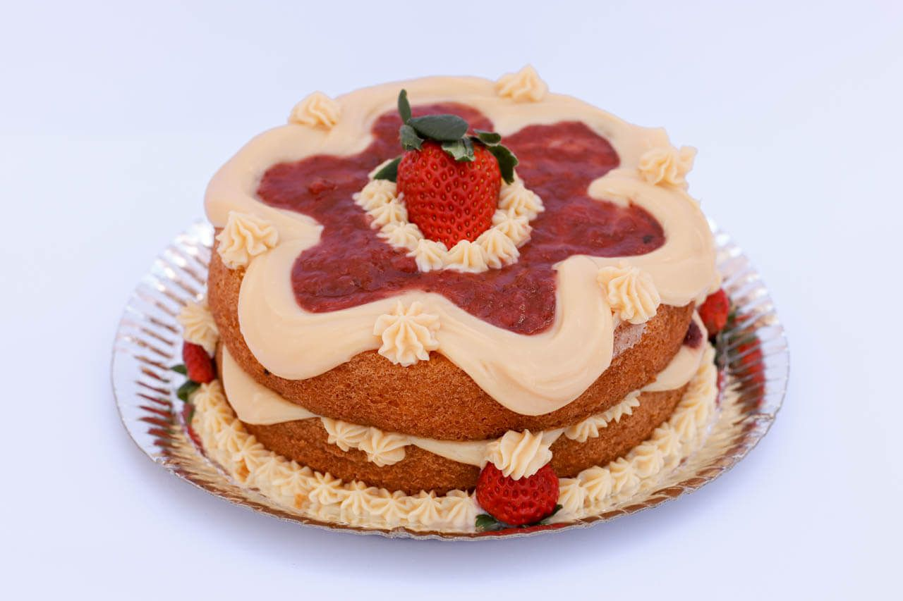 Naked Cake especial de morango