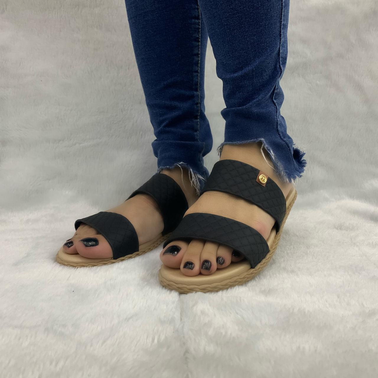 Sandália Chinelo Moleca Rasteira Conforto 5452.100 Feminina