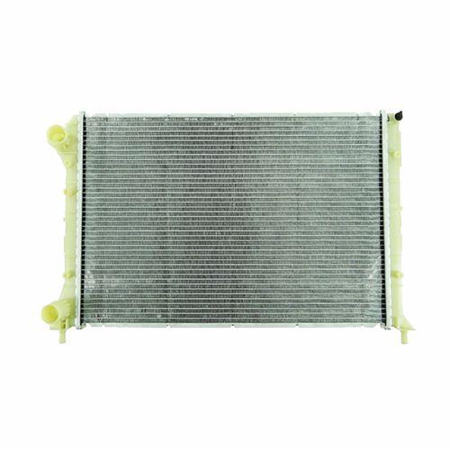 Radiador de Água Fiat Doblô - motor 1,6 / 1,8 Com ar condicionado - Câmbio mecânico - marca Valeo