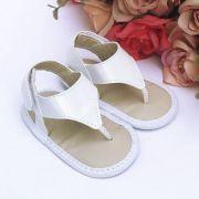 Sandália Branca Em Verniz