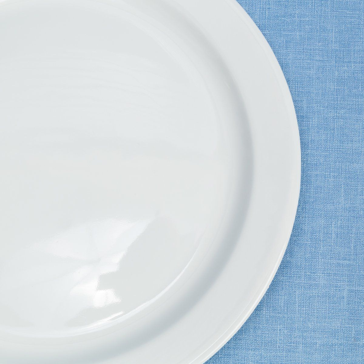 Prato Raso Corona Americana em Porcelana 27cm 8104120152