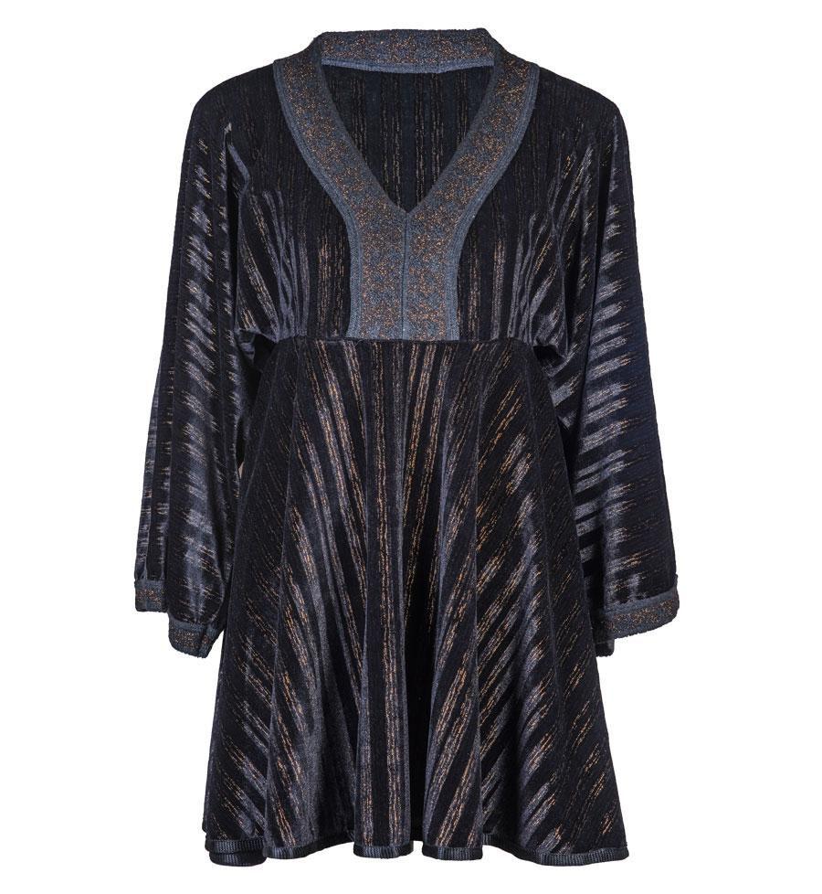 Mini Vestido / Bata Veludo Preto com detalhes em Tricot