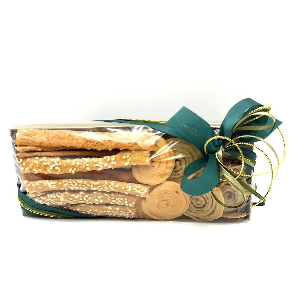 Bandeja com Mix de Biscoitos Salgados Natal