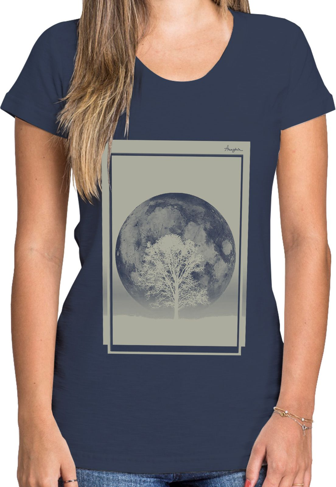 Baby Look Amazônia Lua e Árvore - Azul