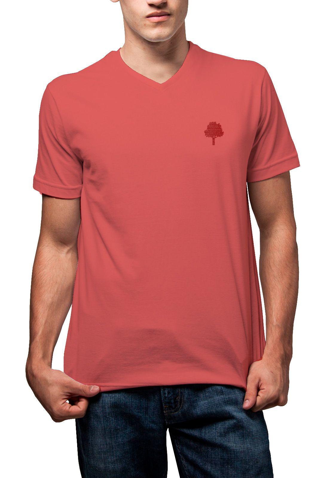 Camiseta Amazônia Básica Árvore Bordada Gola V - Vermelho