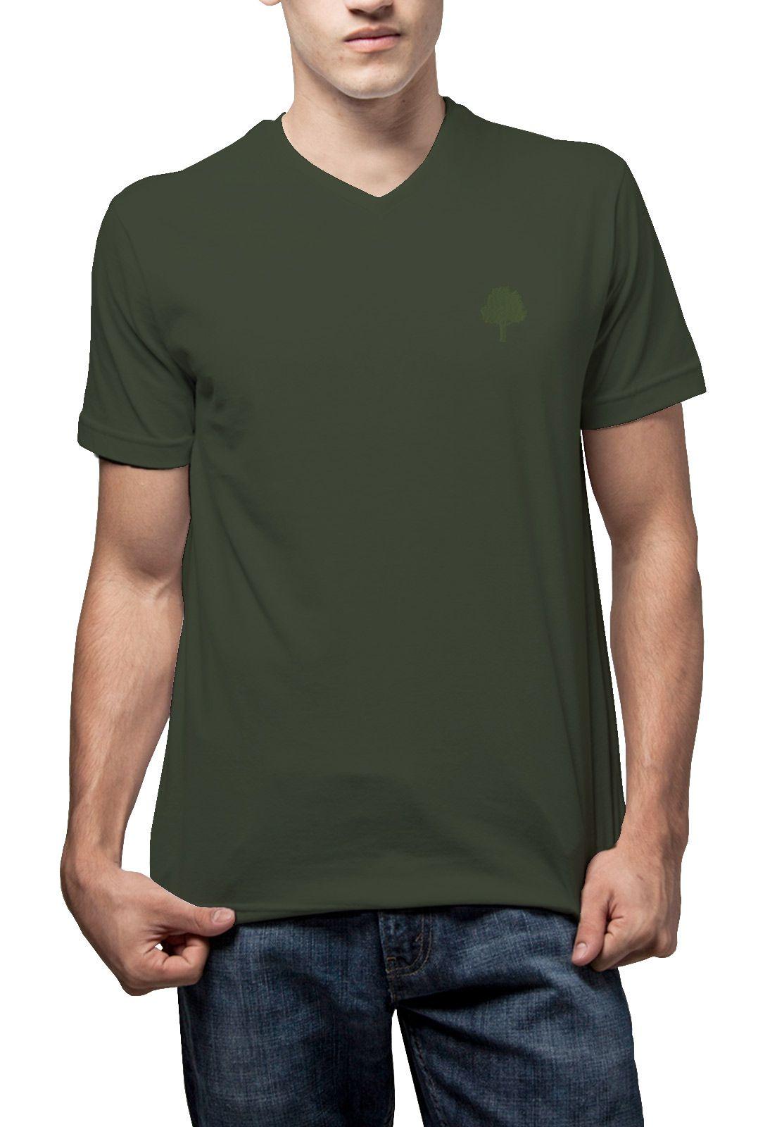 Camiseta Amazônia Básica Árvore Bordada Gola V - Verde Escuro