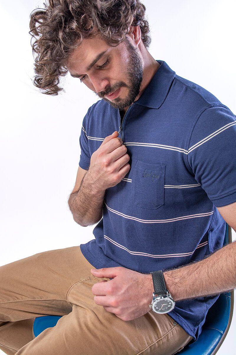 Camisa Polo Masculina em Piquet com Bolso e Ziper - Marinho