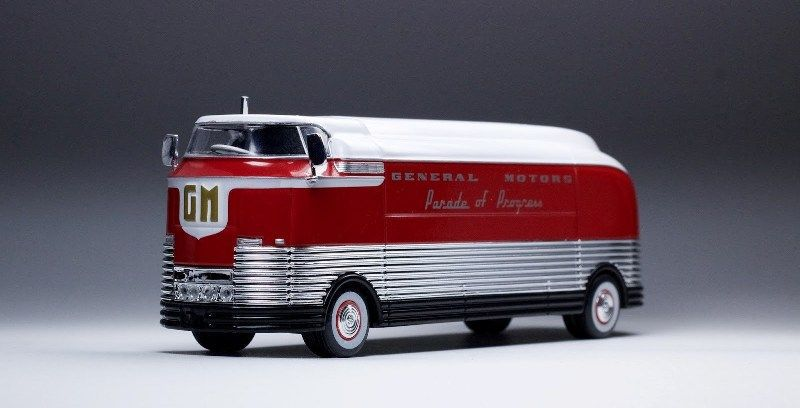 1940 General Motors Futurliner - 378909