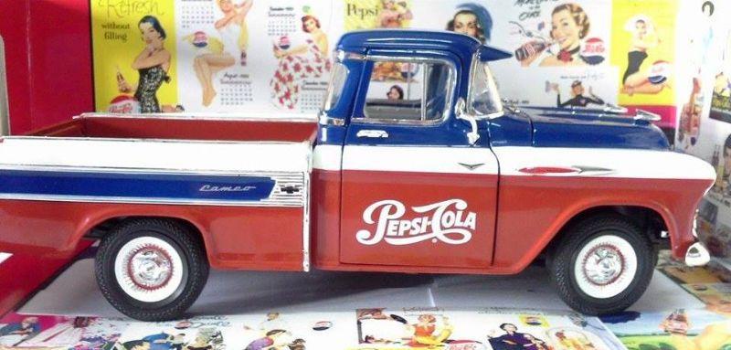 1957 Chevy Cameo - 366086 R5