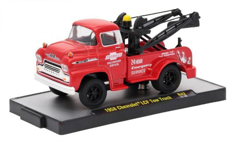 1958 Chevrolet LCF Tow Truck - 379552