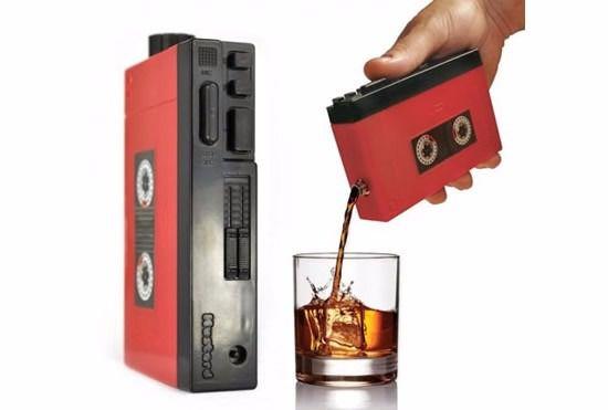 Garrafa Squeeze Drinkman Retrô Walkman - D2 4013