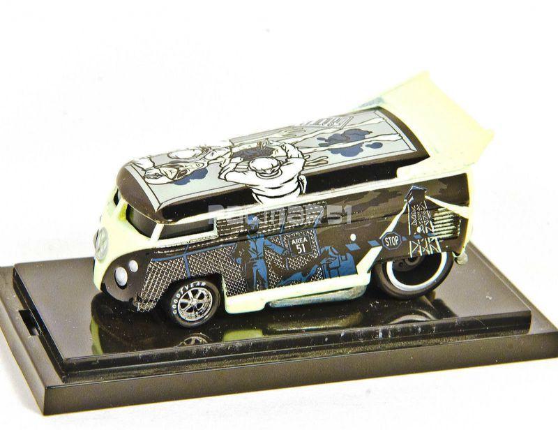 HW Alien VW Bus - Autopsy - 344842