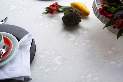 Toalha Prática Mehndi Garden Branca-Retangular- 160x320cm - 210260