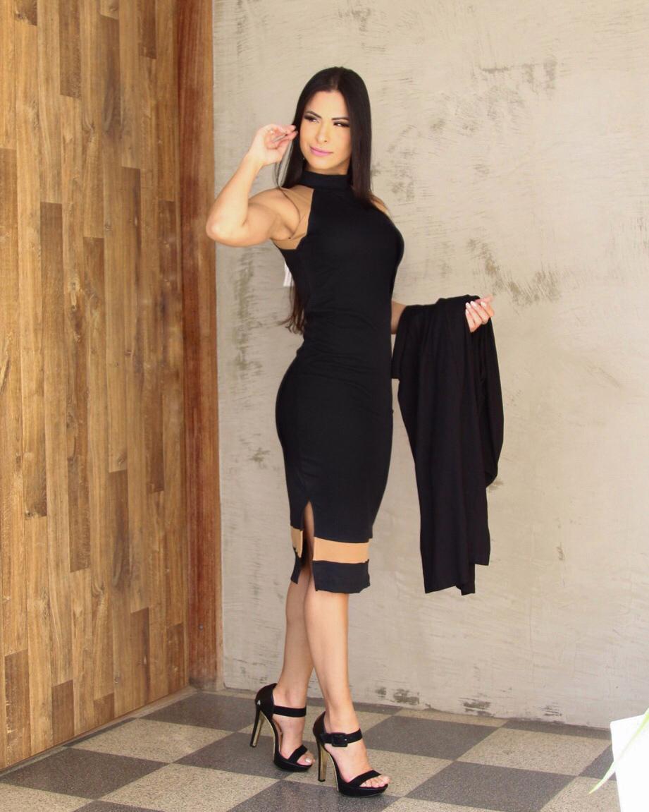 Vestido Mikaella