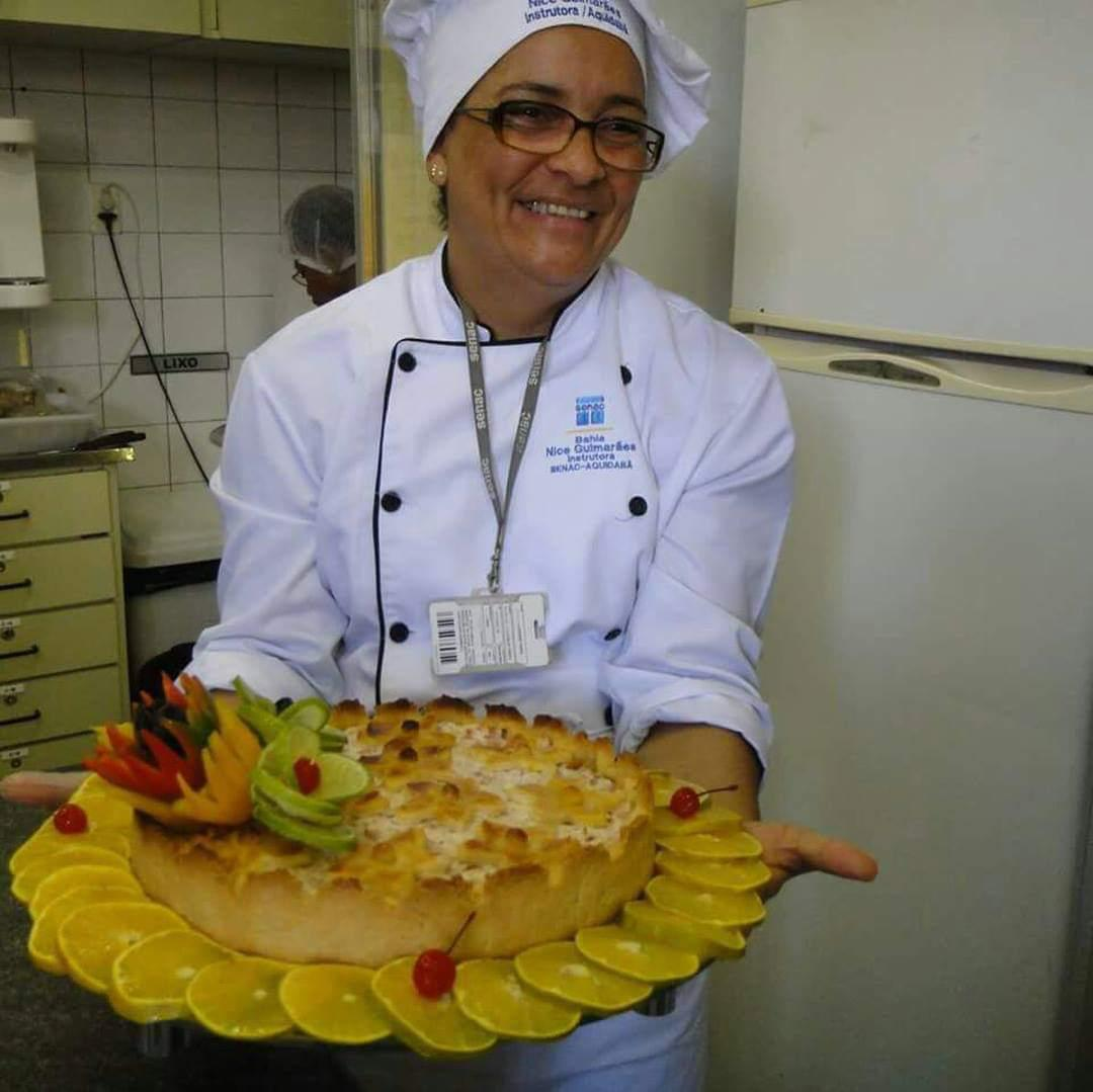 CURSO TORTAS SALGADAS NICE GUIMARAES DIA 26/11 AS 13H com TOQUE NATALINO DECORAÇAO LEGUMES/FLORES