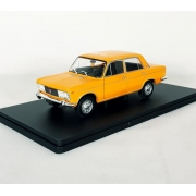 Miniatura Fiat 125 1/24 Whitebox